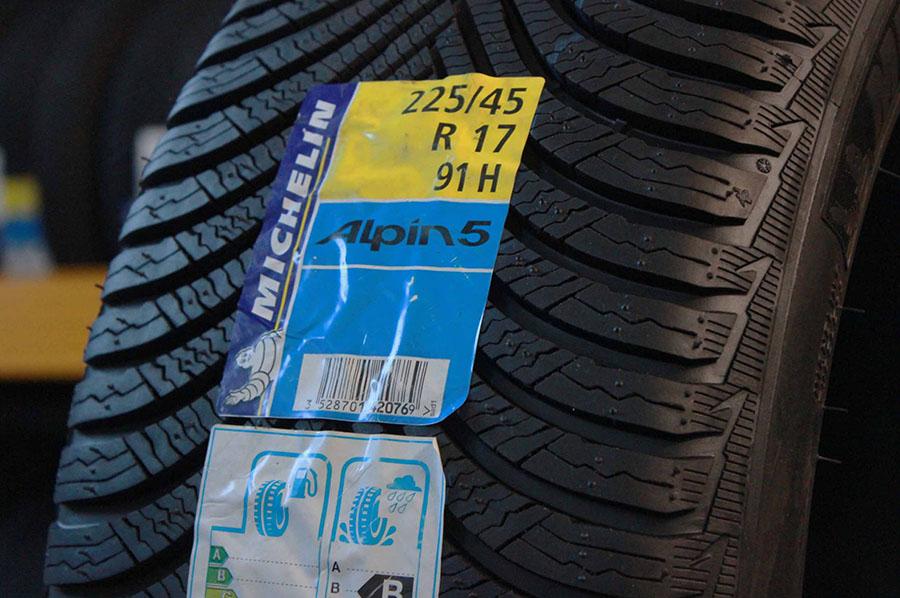 Promozione Michelin Alpin 5 225/45 17R